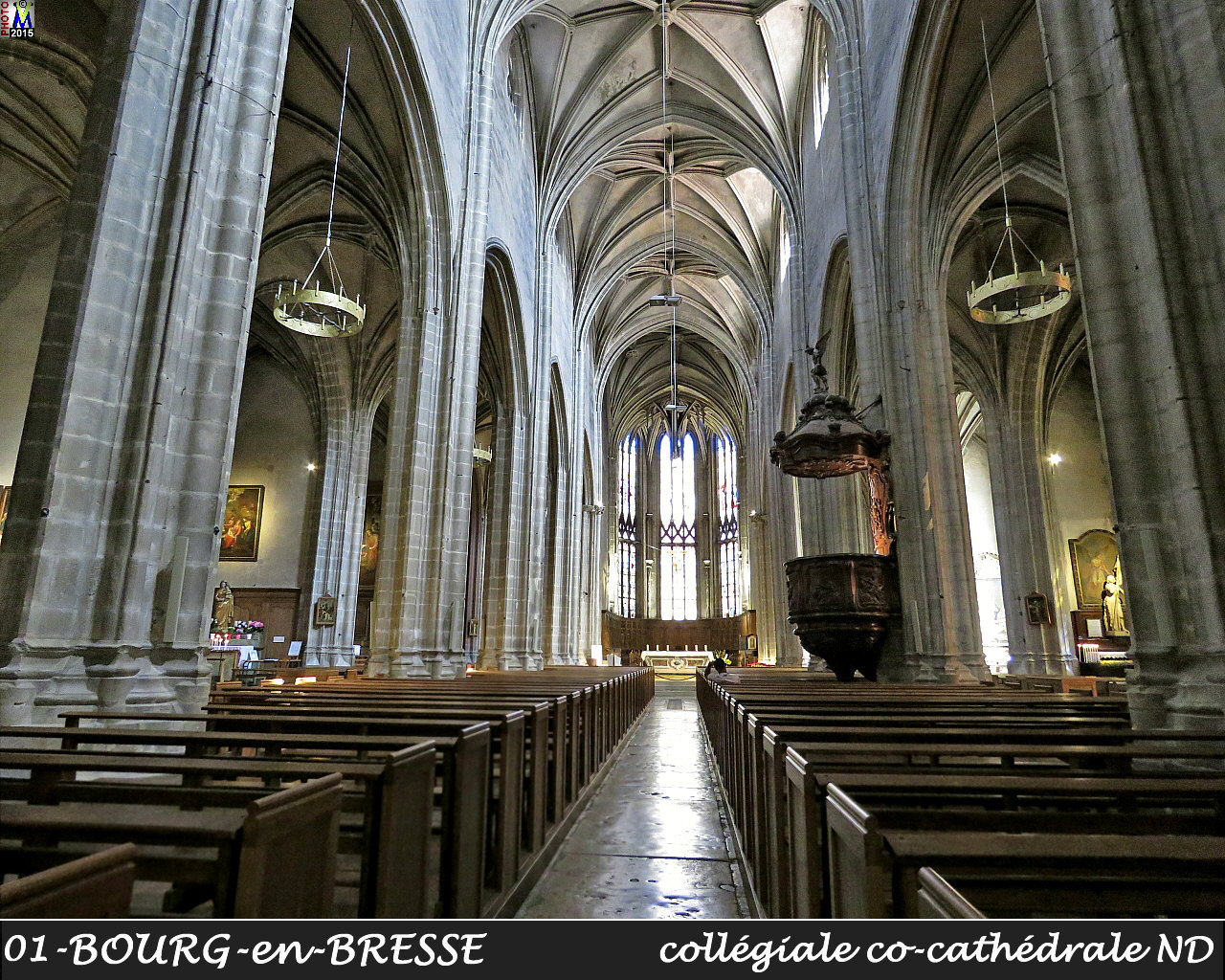 01BOURG-BRESSE_cathedrale_200.jpg
