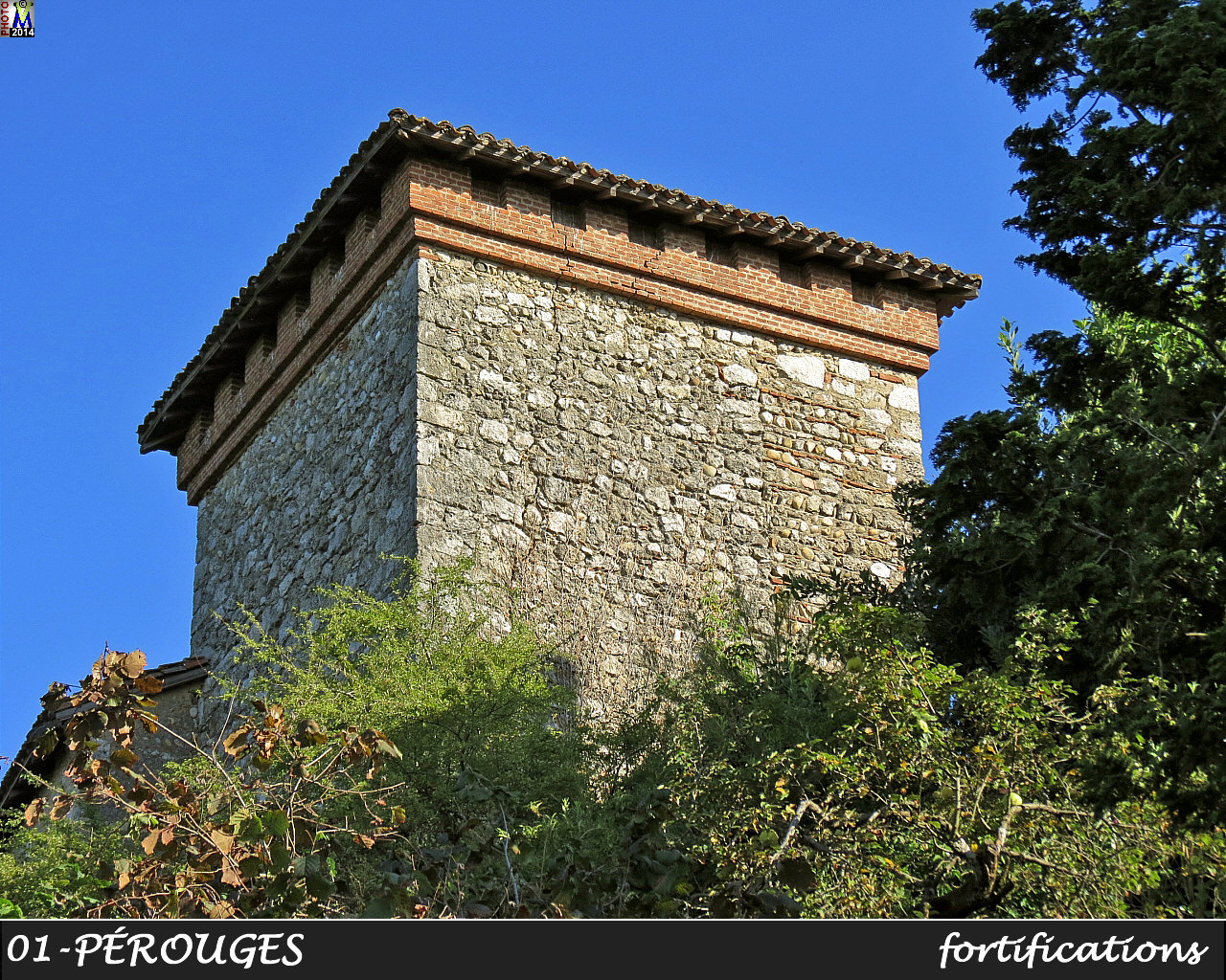 01PEROUGES_fortifications_104.jpg
