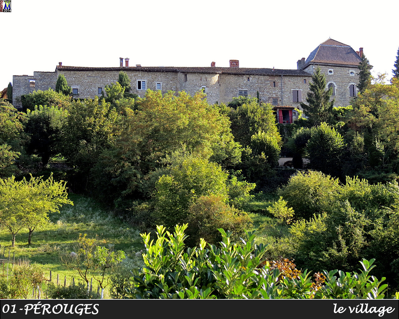01PEROUGES_village_104.jpg