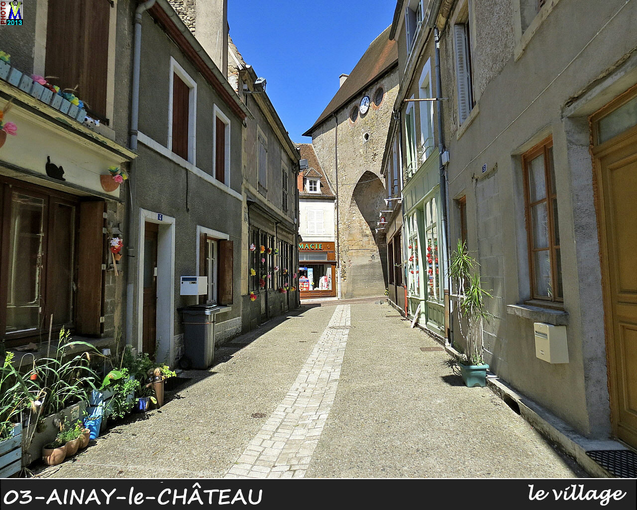 03AINAY-CHATEAU_village_102.jpg