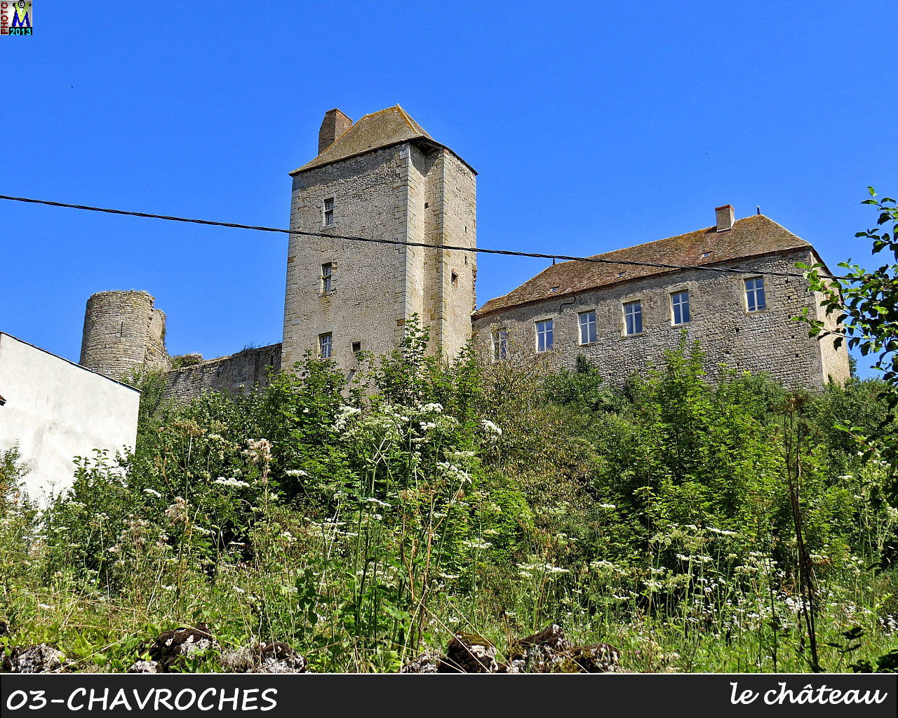 03CHAVROCHES_chateau_100.jpg
