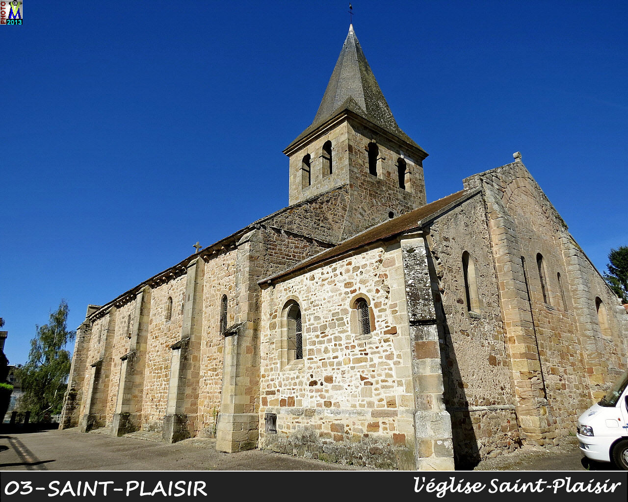 03StPLAISIR_eglise_100.jpg