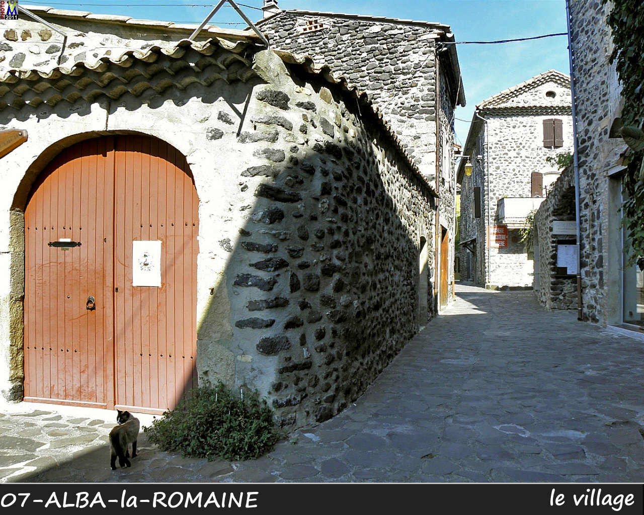 07ALBA-ROMAINE_village_104.jpg