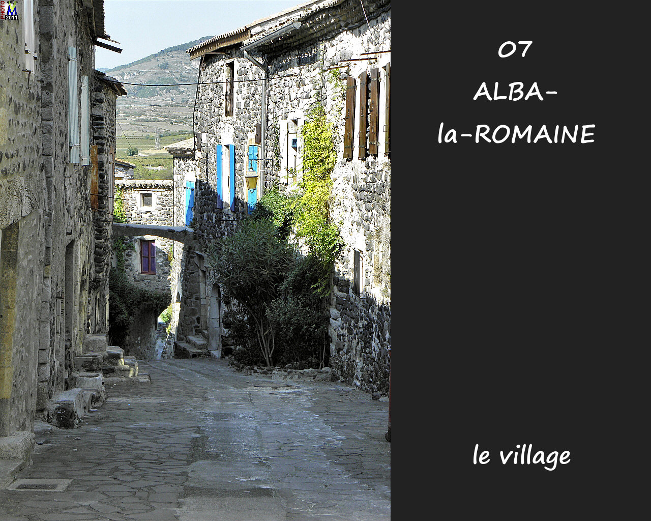 07ALBA-ROMAINE_village_112.jpg