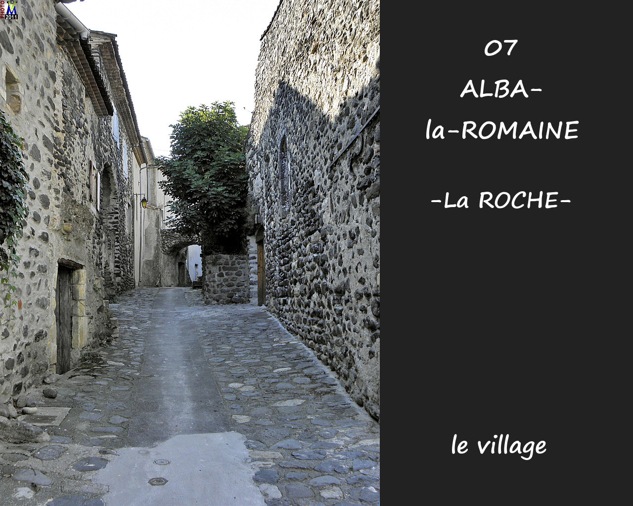 07ALBA-ROMAINEzROCHE_village_108.jpg