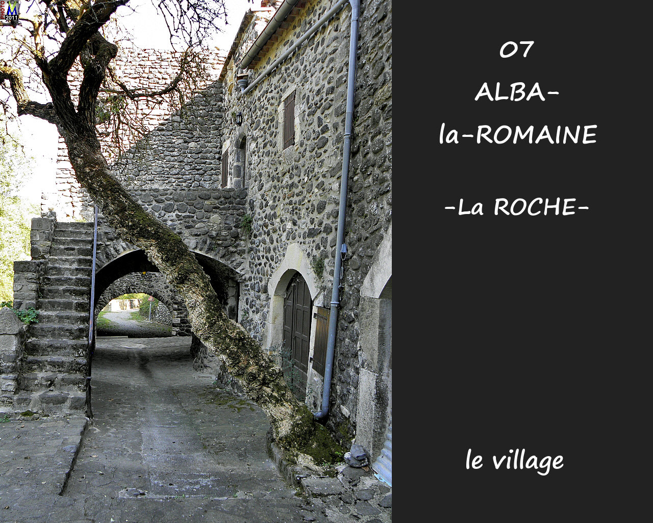 07ALBA-ROMAINEzROCHE_village_122.jpg
