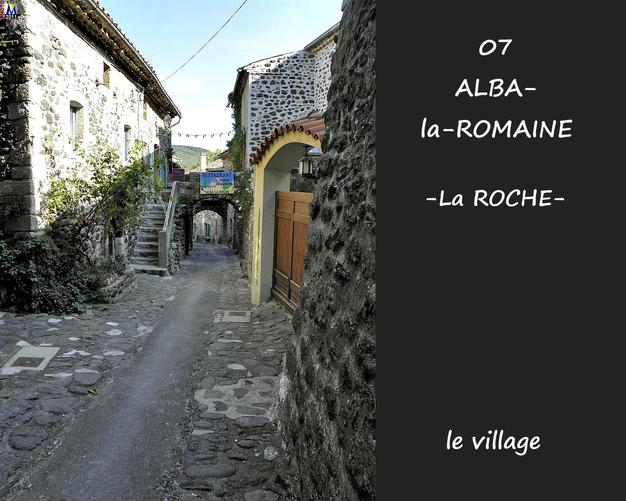 07ALBA-ROMAINEzROCHE_village_128.jpg