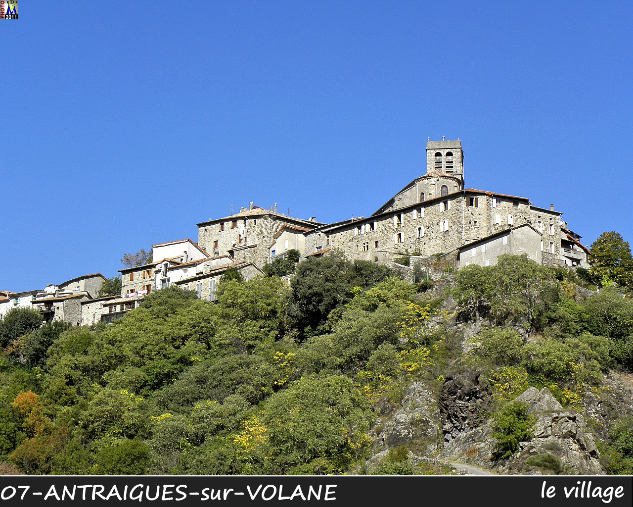 07ANTRAIGUES-VOLANE_village_100.jpg