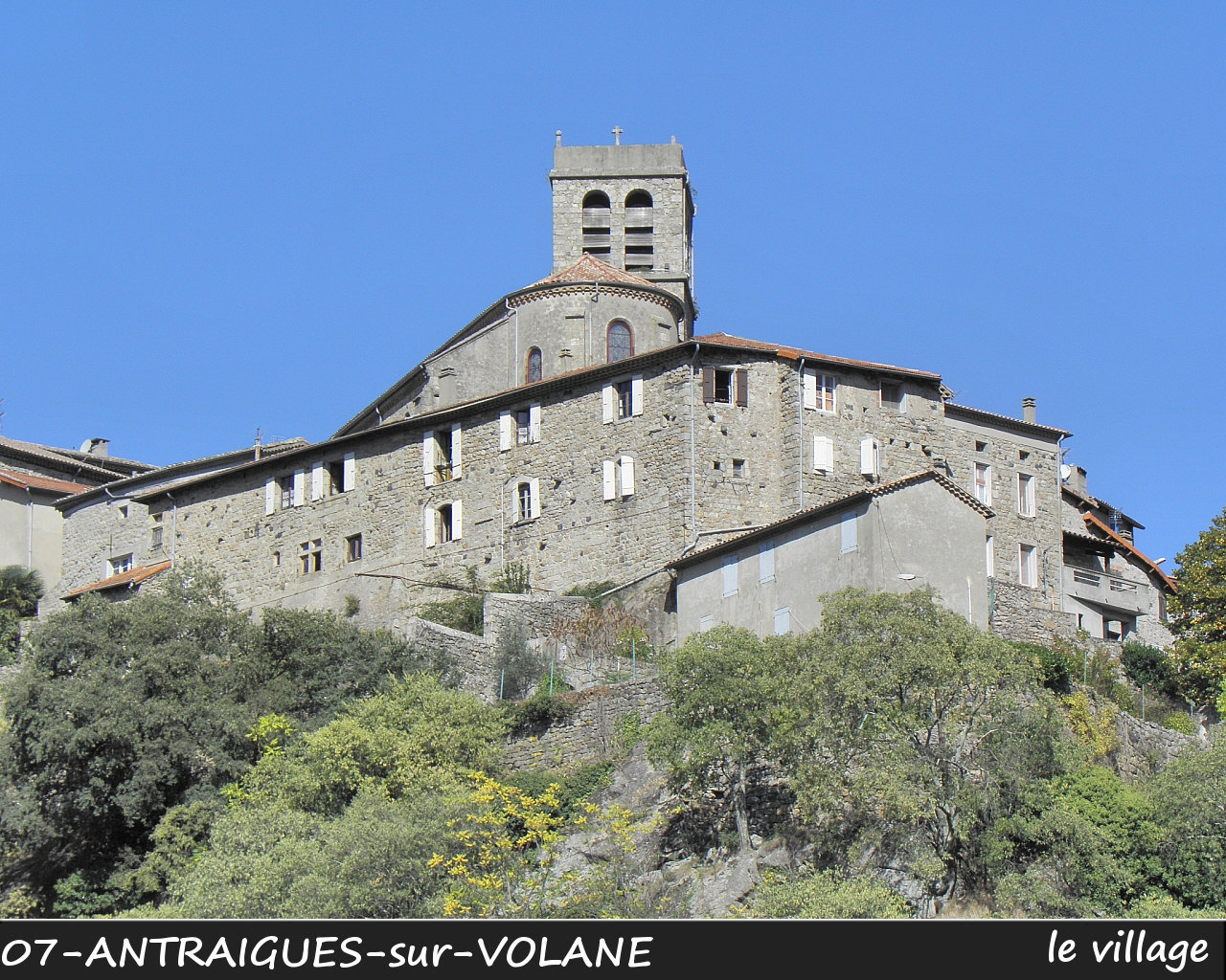 07ANTRAIGUES-VOLANE_village_102.jpg