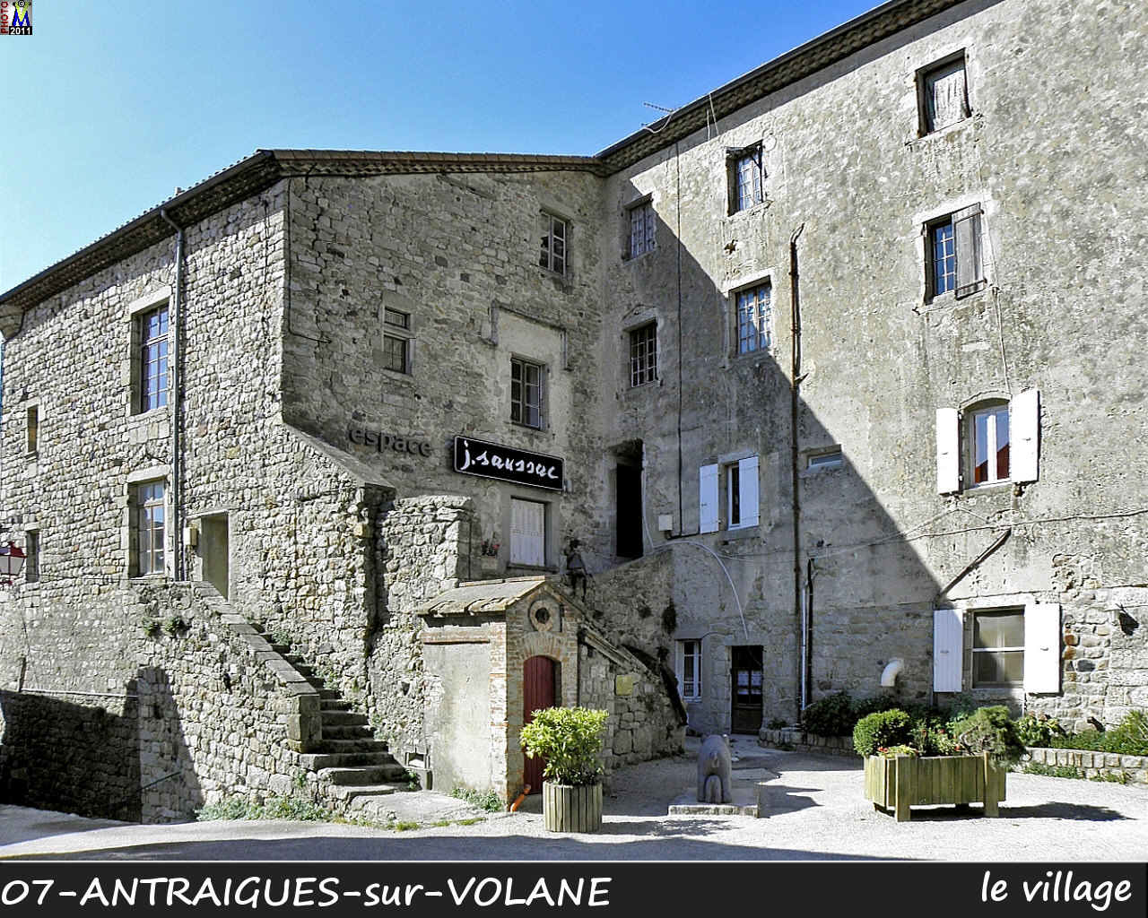 07ANTRAIGUES-VOLANE_village_106.jpg