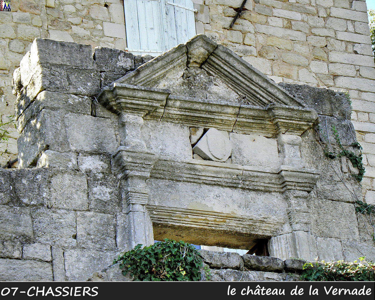 07CHASSIERS_chateau_104.jpg