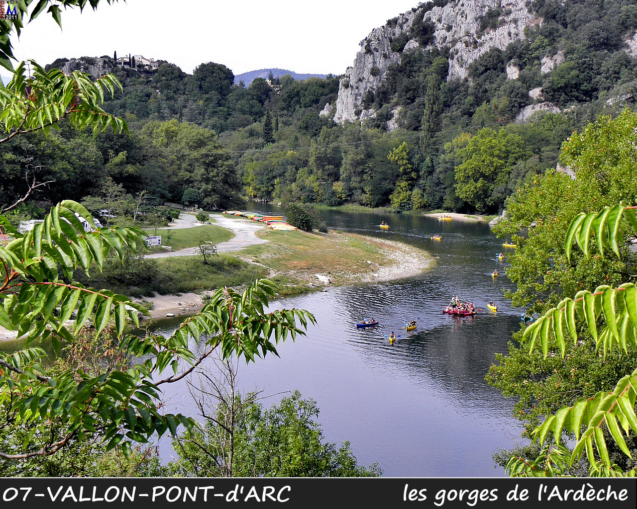 07VALLON-PONT-ARC_gorges_100.jpg