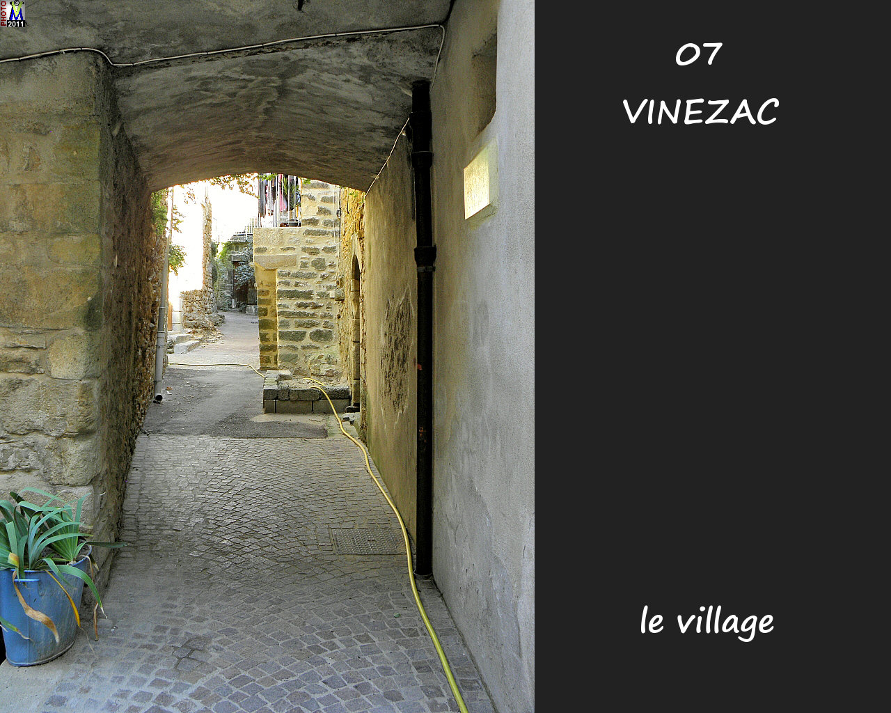 07VINEZAC_village_144.jpg