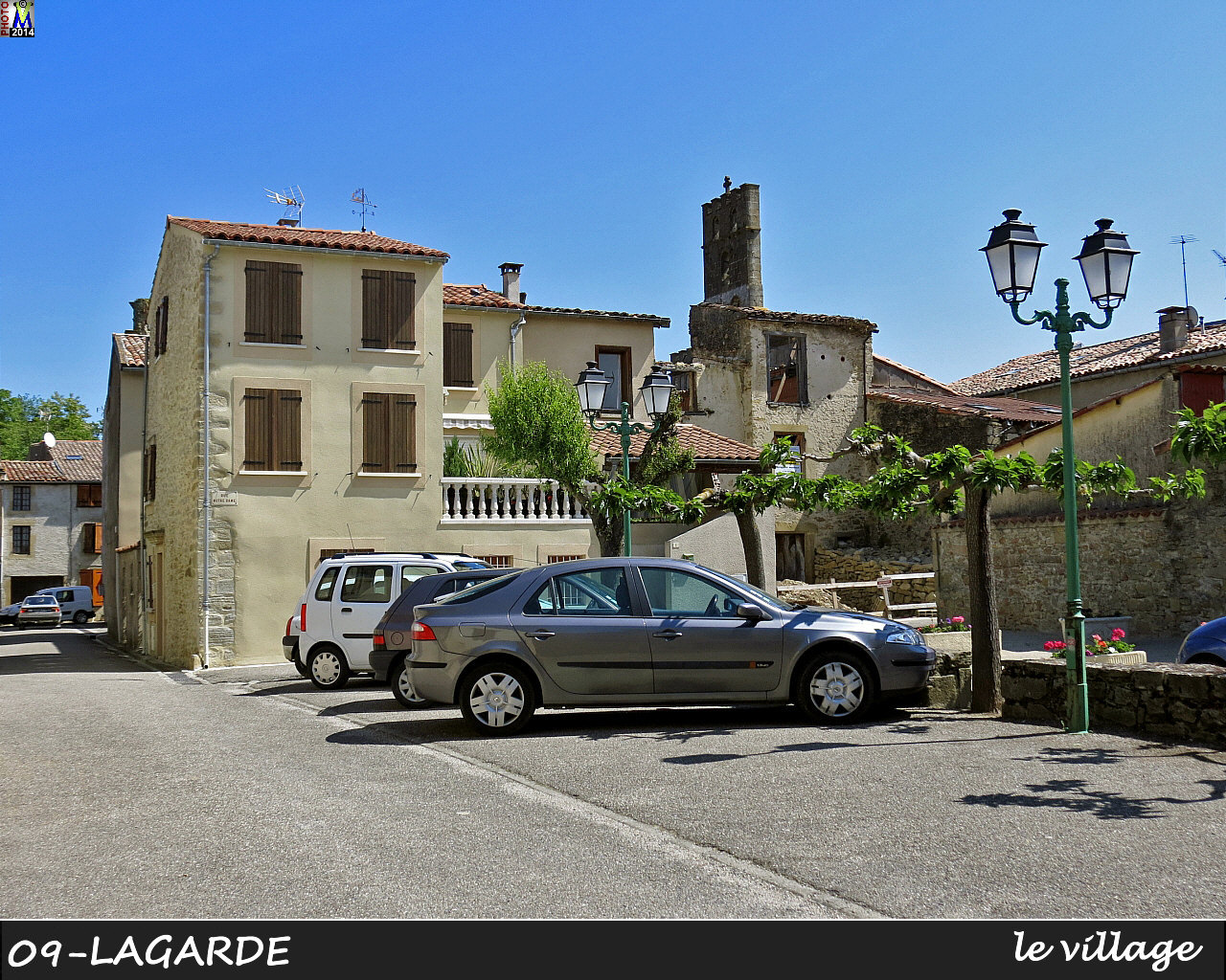 09LAGARDE_village_114.jpg