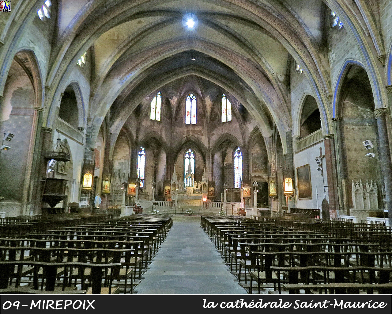 09MIREPOIX_cathedrale_200.jpg