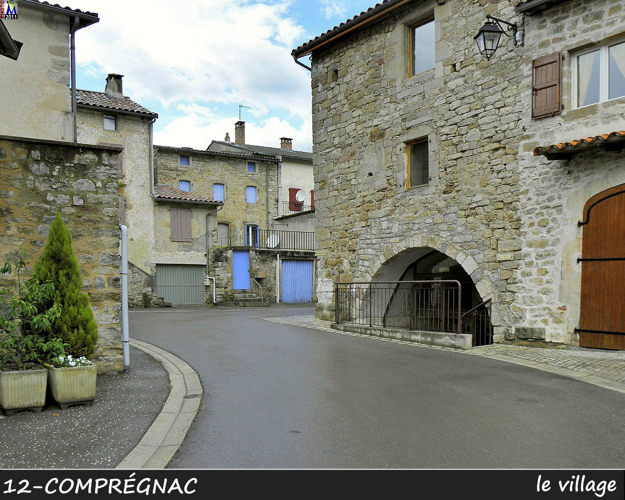 12COMPREGNAC_village_104.jpg
