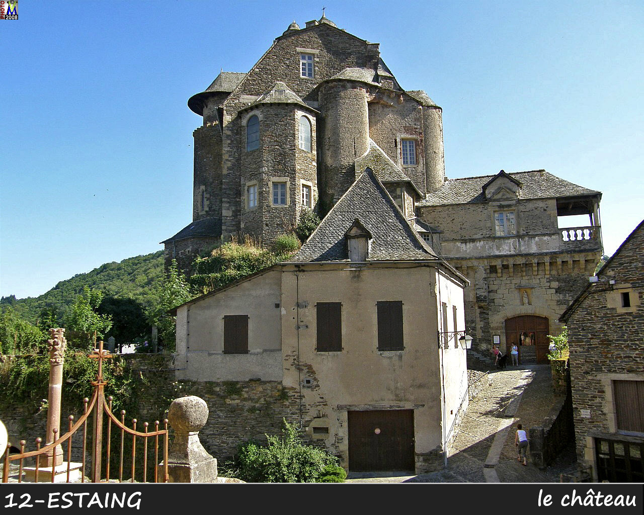 12ESTAING_chateau_110.jpg