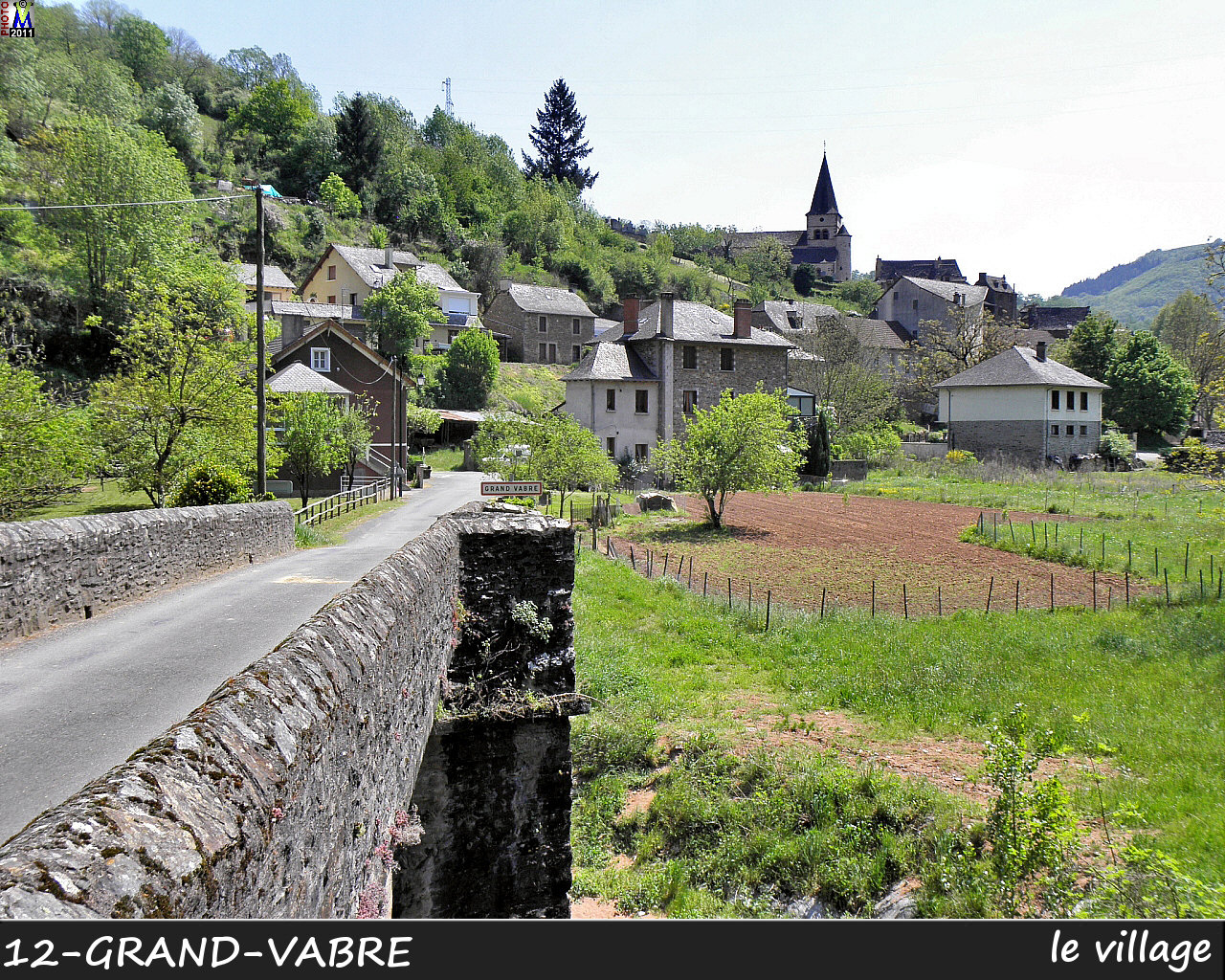 12GRAND-VABRE_village_100.jpg
