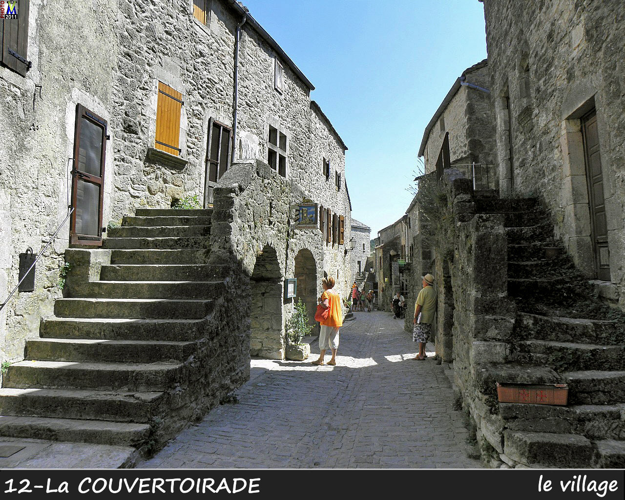 12couvertoirade_village_120.jpg