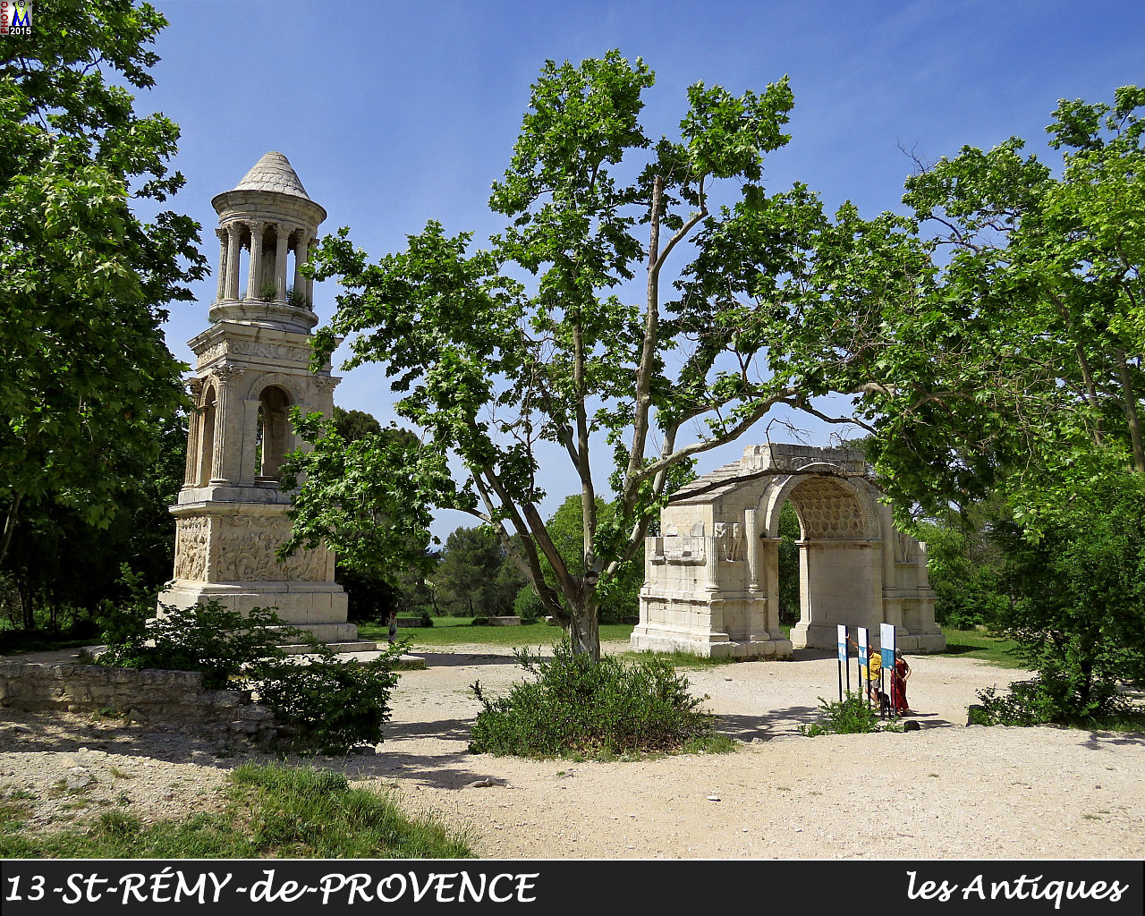 13StREMY-PROVENCE_antiques_100.jpg
