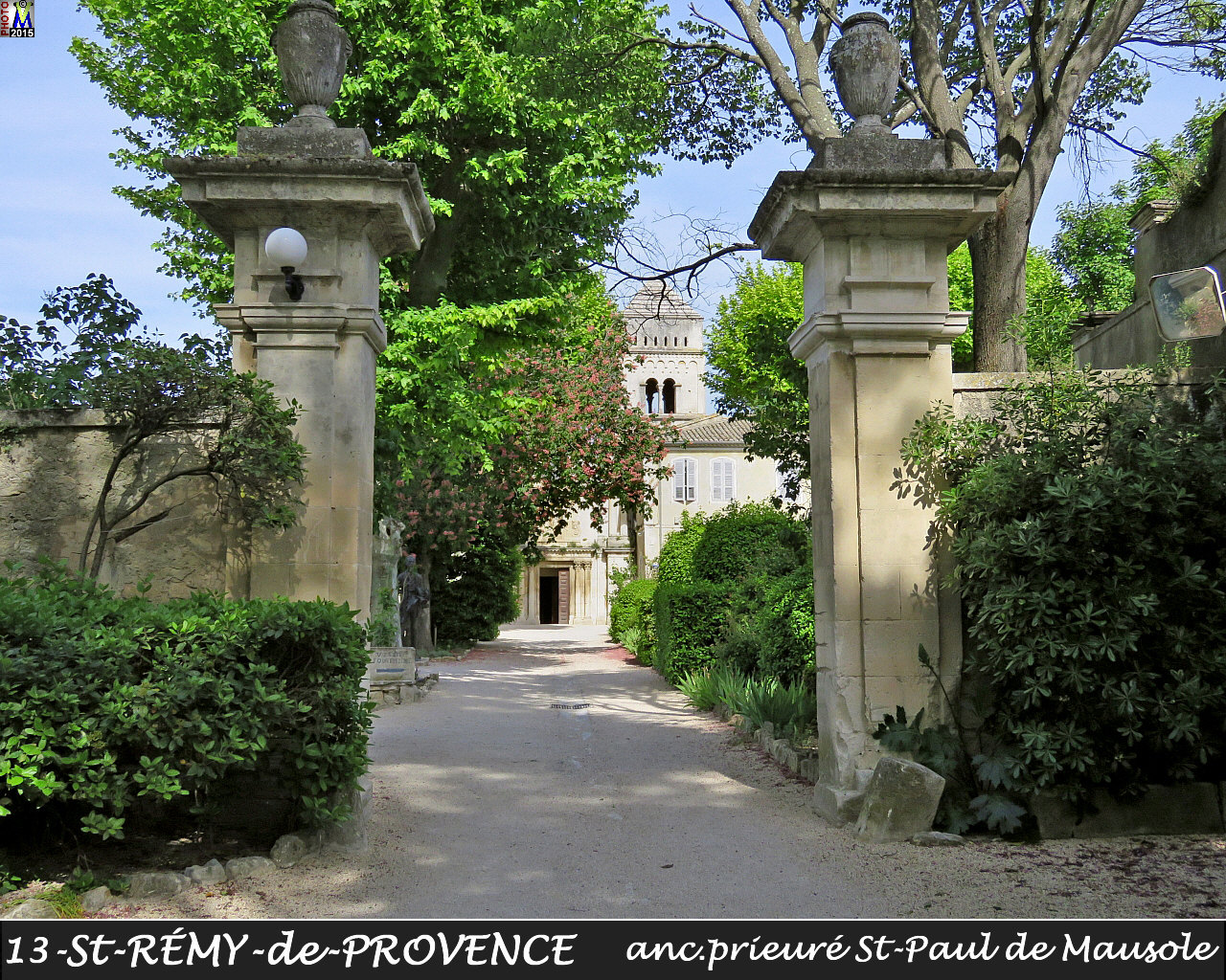 13StREMY-PROVENCE_prieure_100.jpg