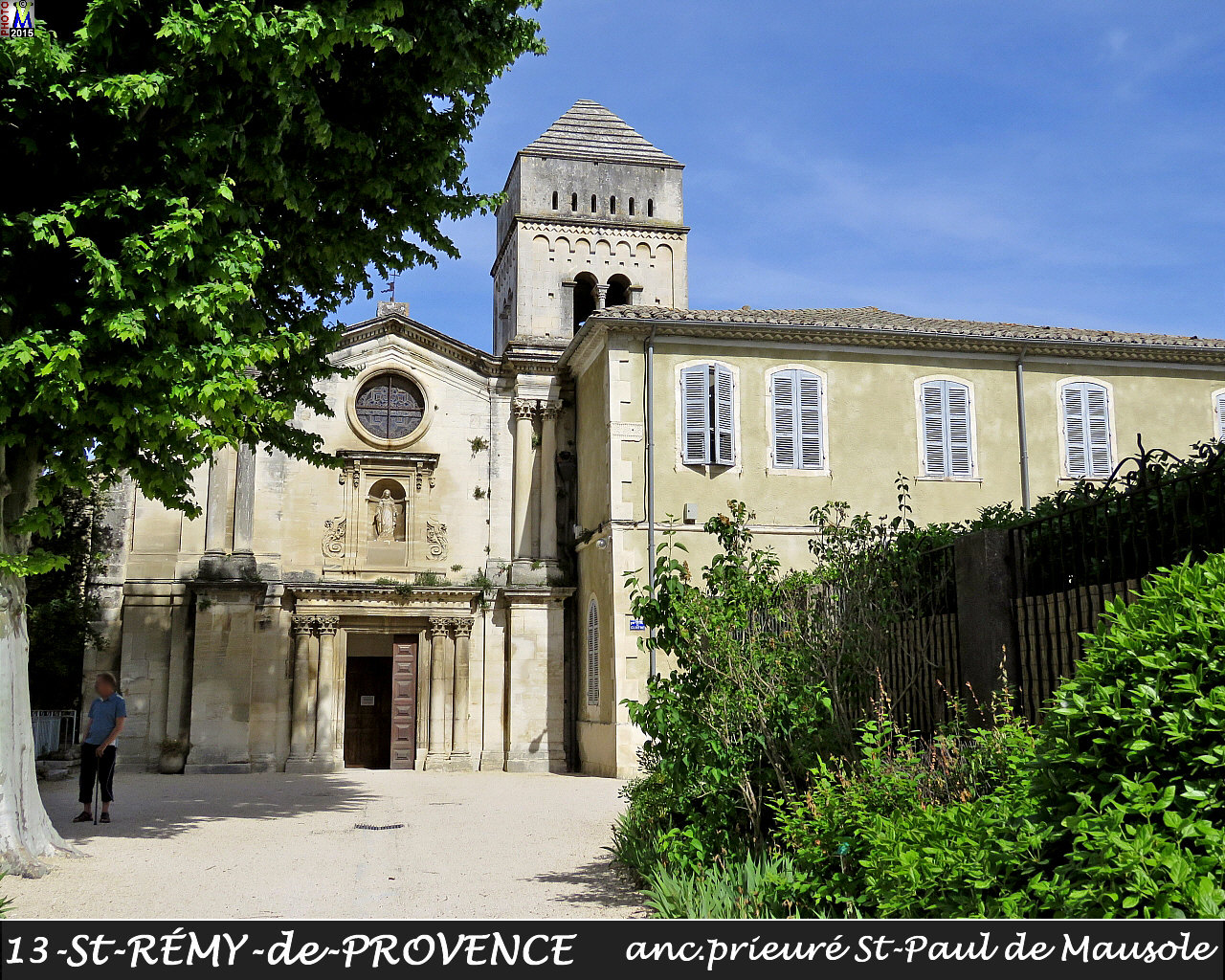 13StREMY-PROVENCE_prieure_110.jpg