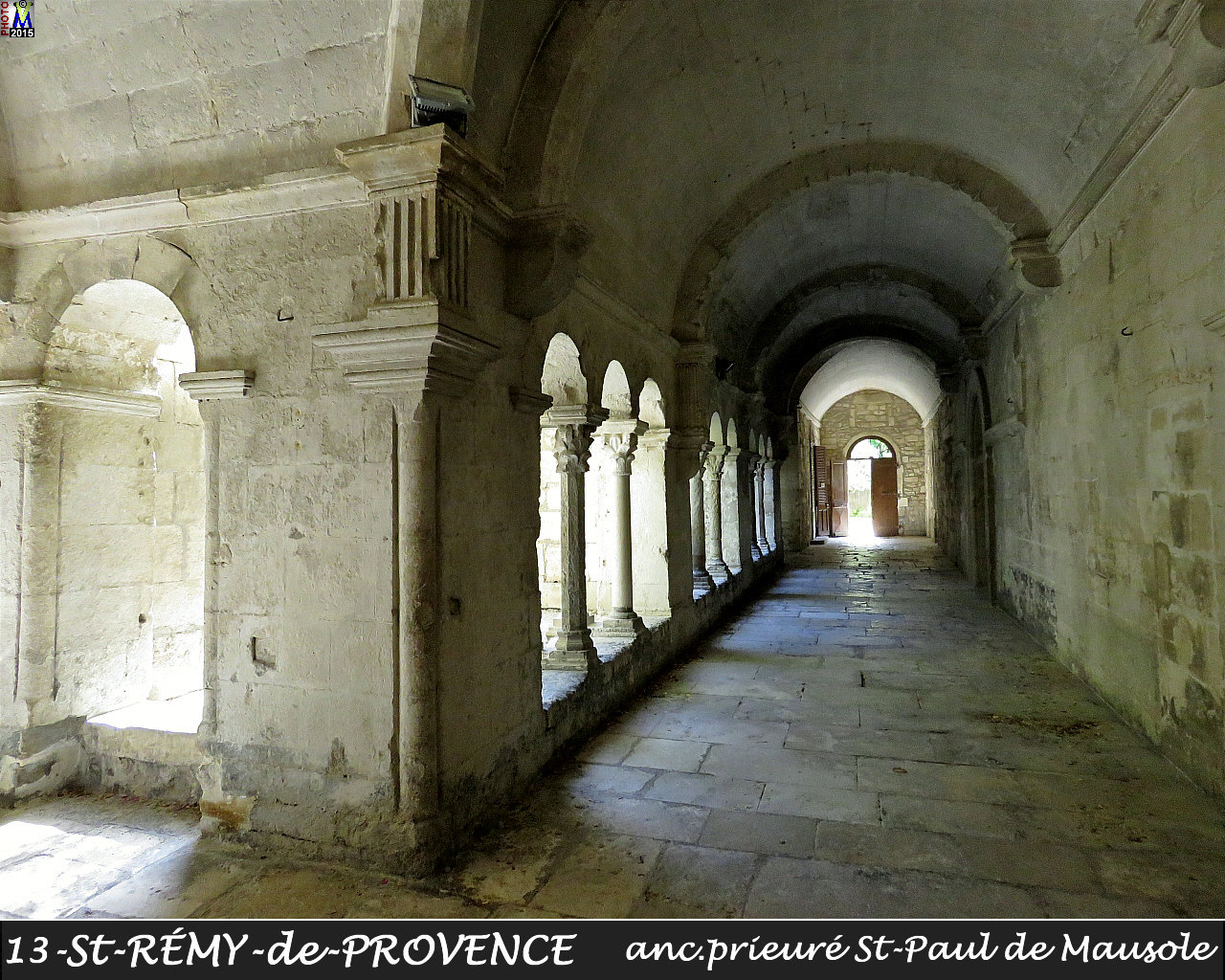 13StREMY-PROVENCE_prieure_136.jpg