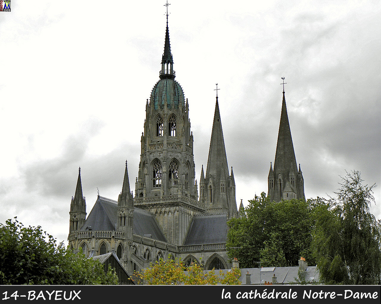 14BAYEUX_cathedrale_116.jpg