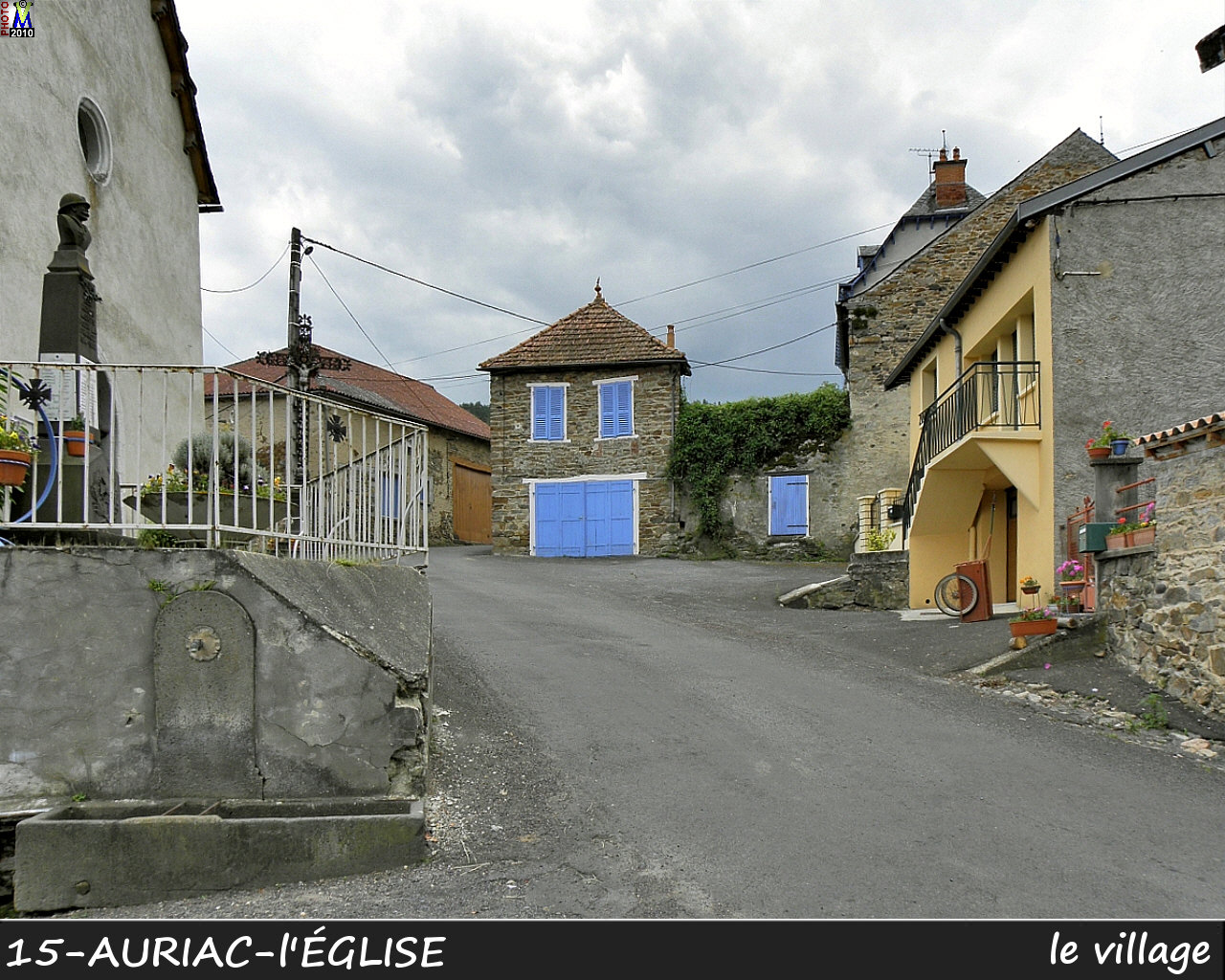 15AURIAC-EGLISE_village_100.jpg