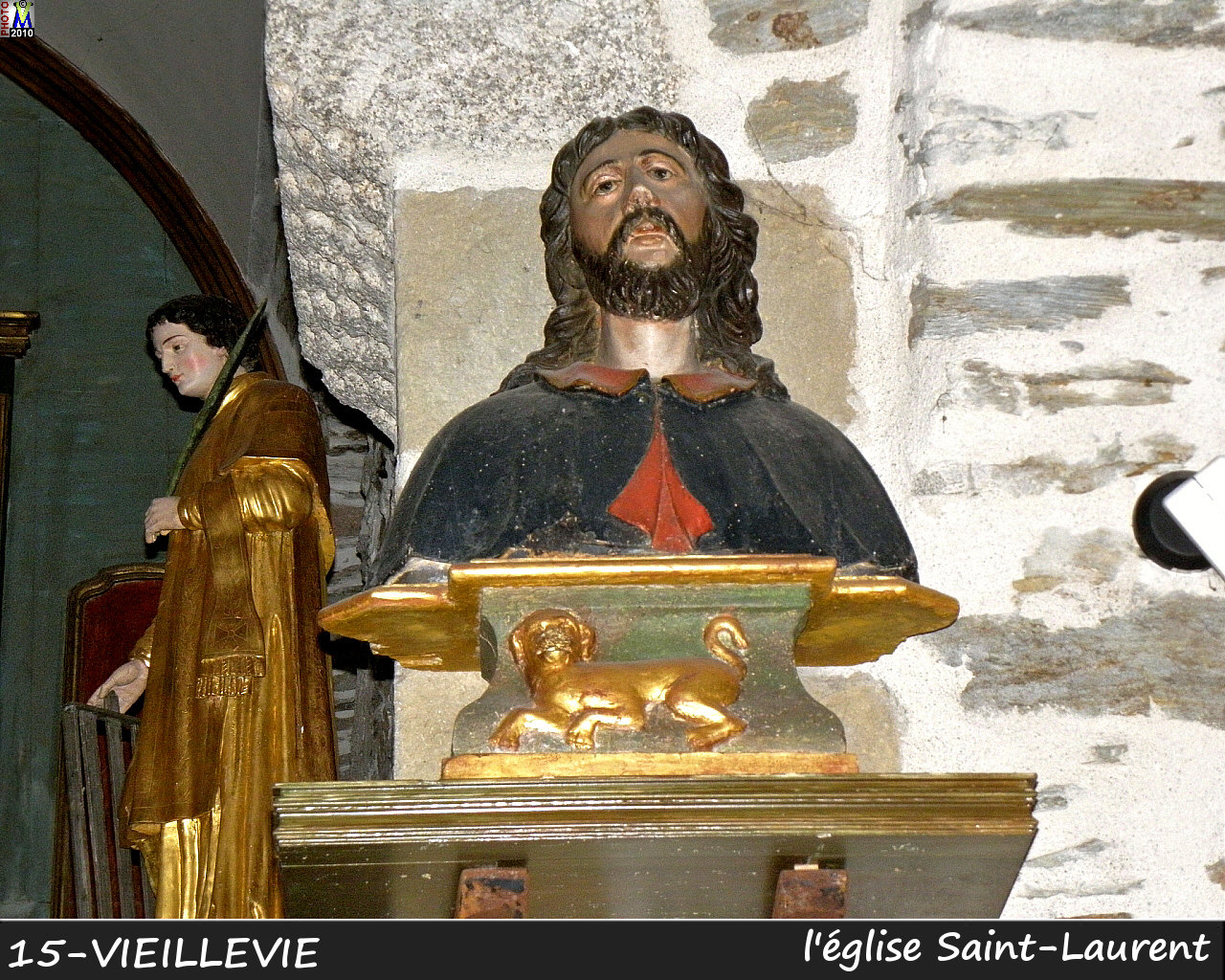 15VIEILLEVIE_eglise_240.jpg
