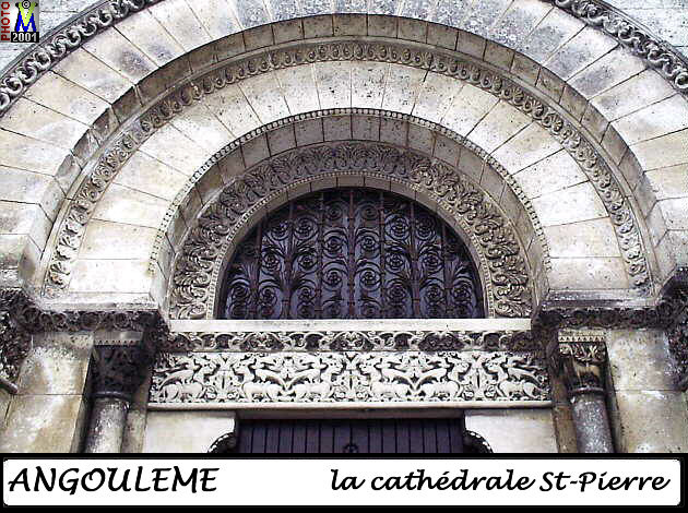 16ANGOULEME_cathedrale_128.jpg