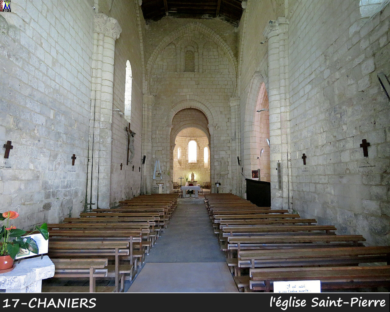 17CHANIERS_eglise_1100.jpg