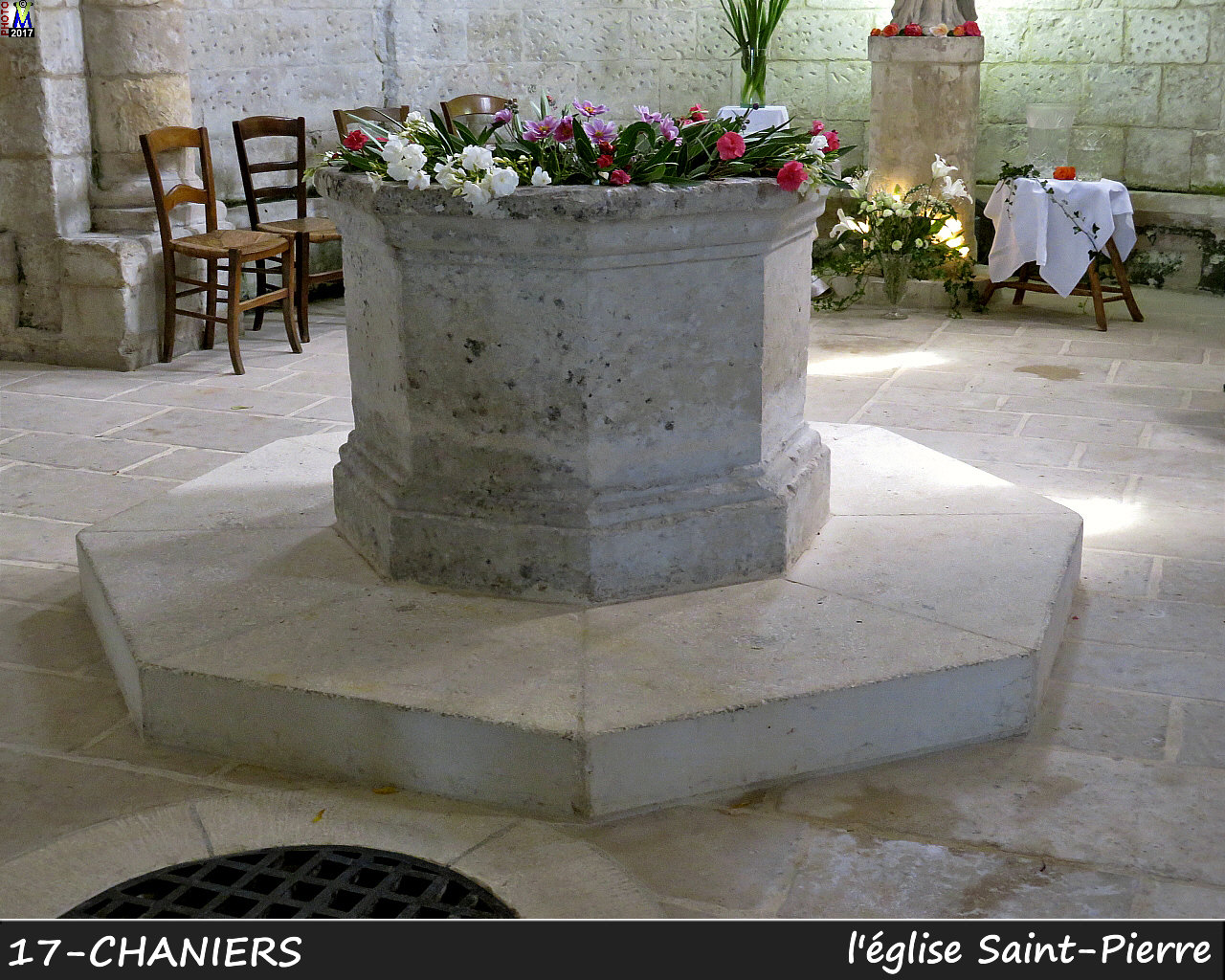 17CHANIERS_eglise_1150.jpg