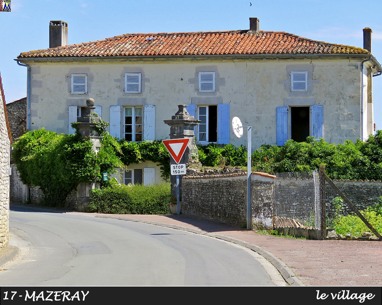 17MAZERAY_village_100.jpg