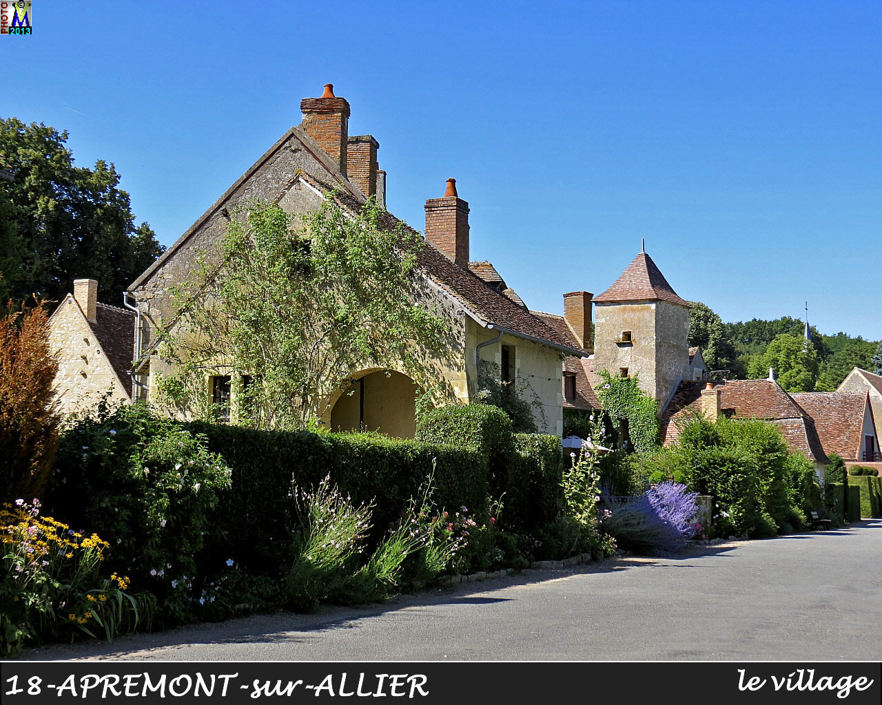 18APREMONT-ALLIER_village_104.jpg