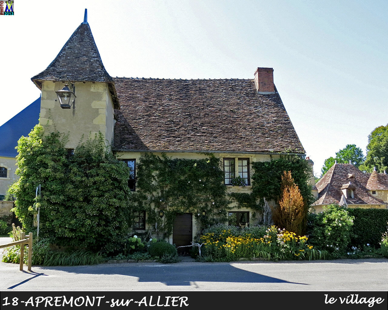 18APREMONT-ALLIER_village_108.jpg