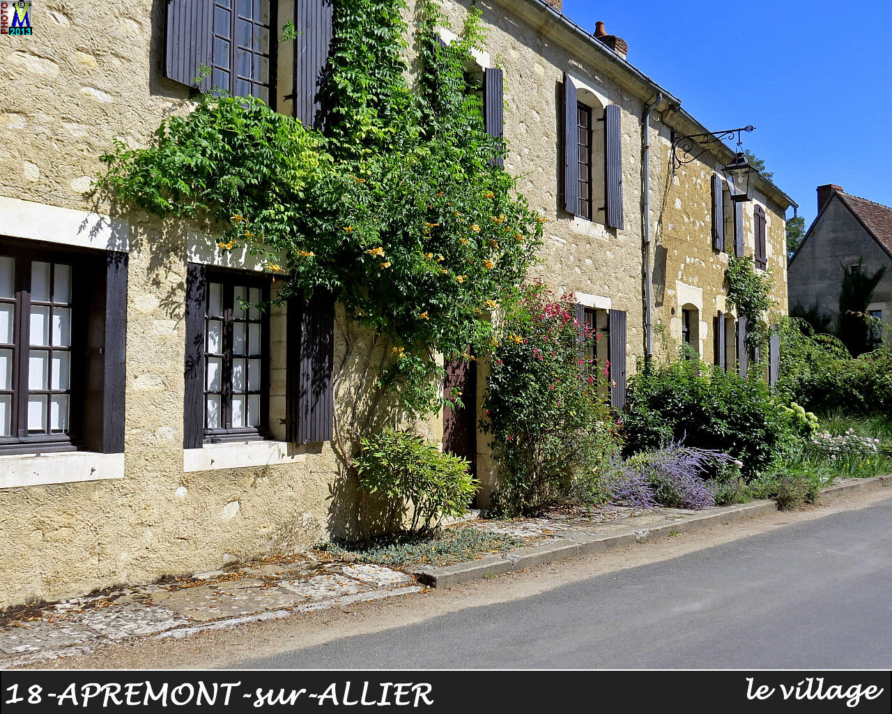 18APREMONT-ALLIER_village_120.jpg
