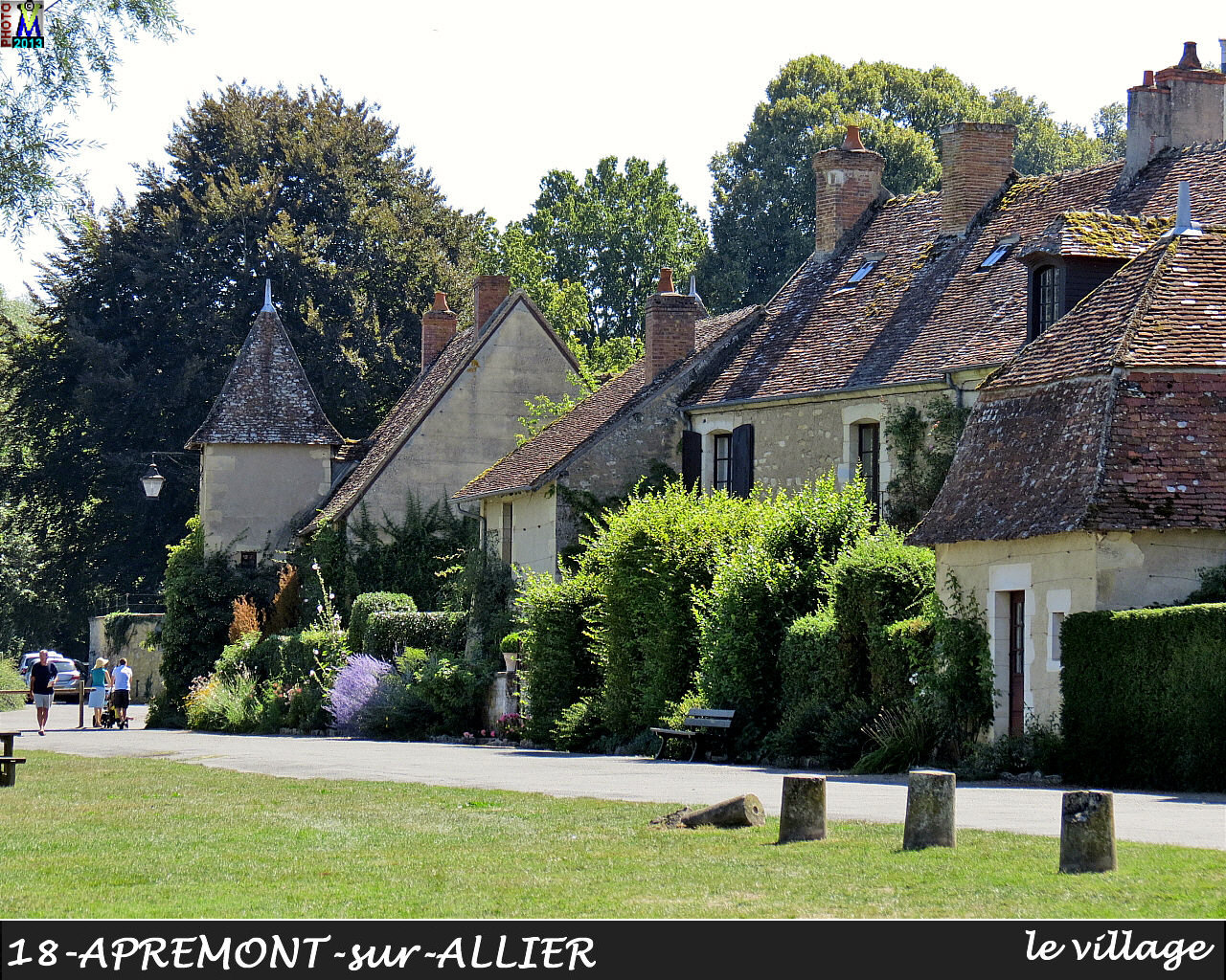 18APREMONT-ALLIER_village_134.jpg