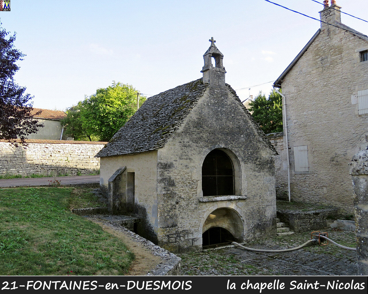 21FONTAINES-DUESMOIS_chapelleSN_102.jpg
