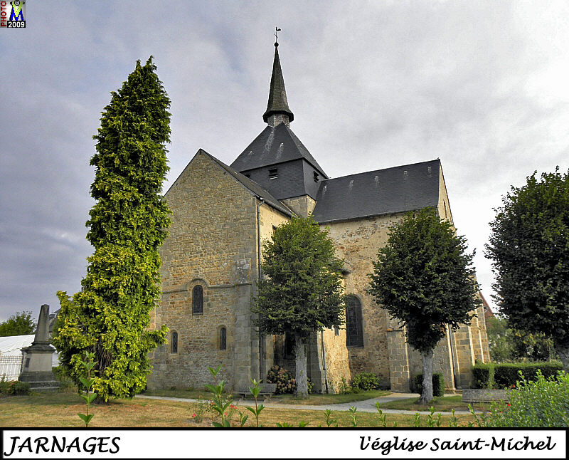 23JARNAGES_eglise_100.jpg