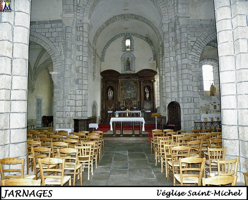 23JARNAGES_eglise_200.jpg