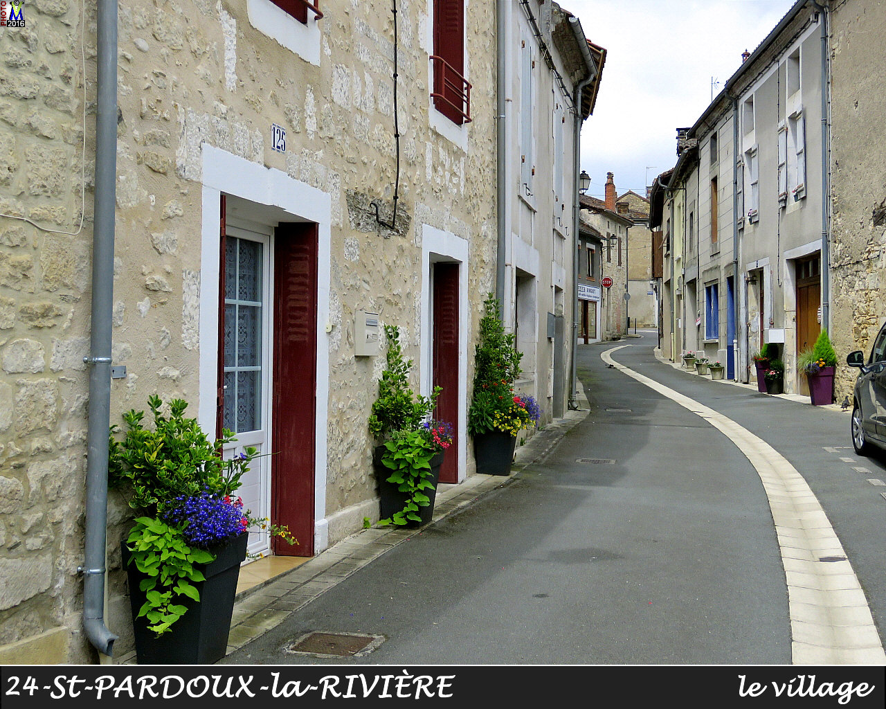 24StPARDOUX-LR_village_1016.jpg