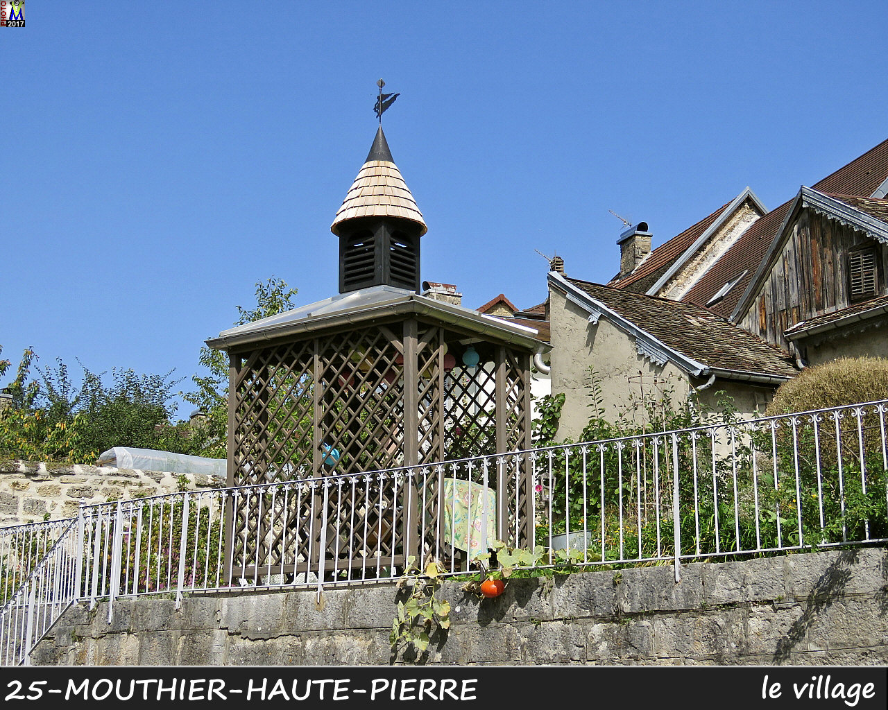 25MOUTHIER-HAUTE-PIERRE_village_124.JPG