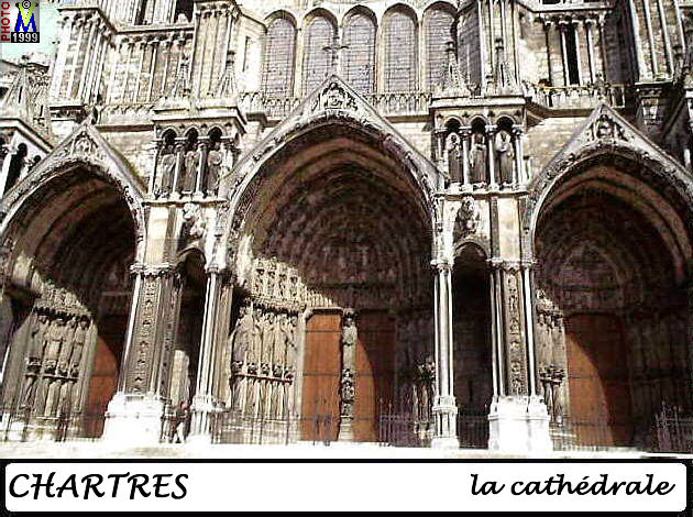 28CHARTRES CATHEDRALE 106.jpg