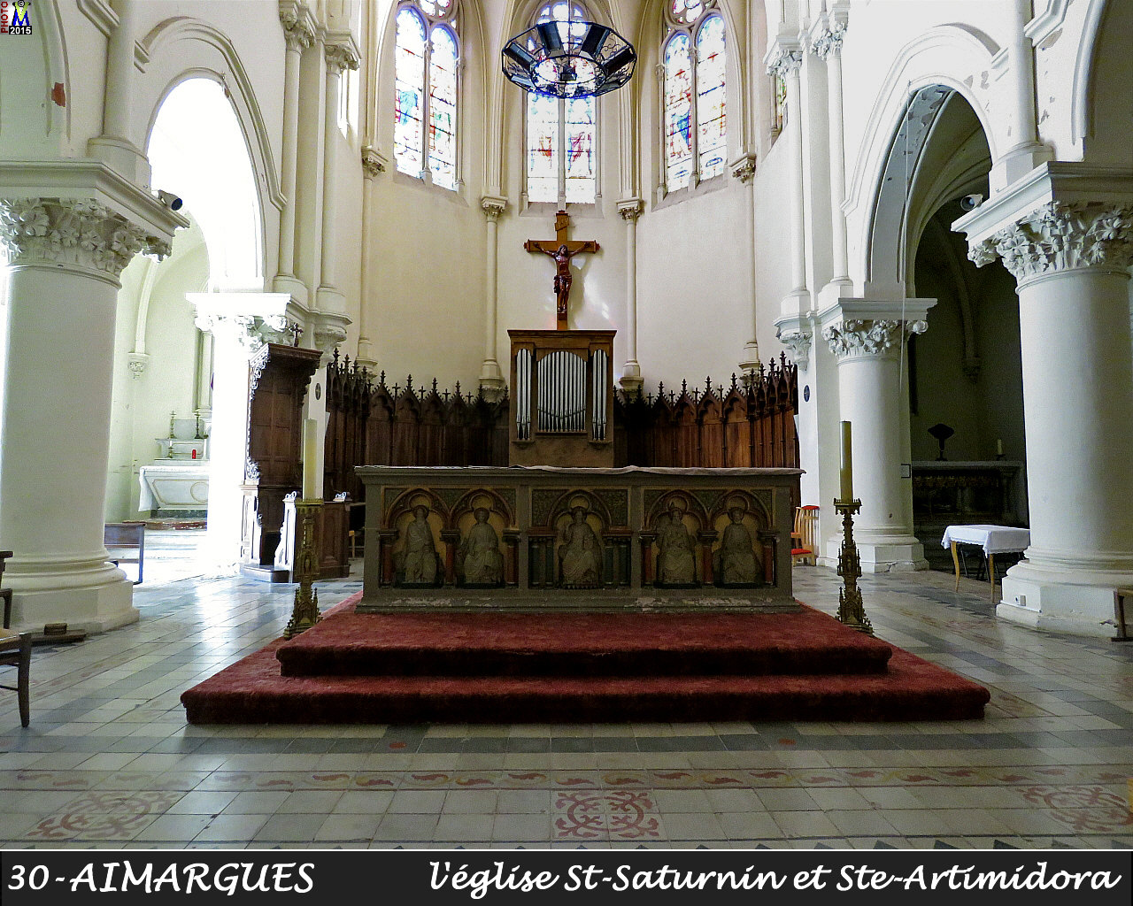 30AIMARGUES_eglise_210.jpg