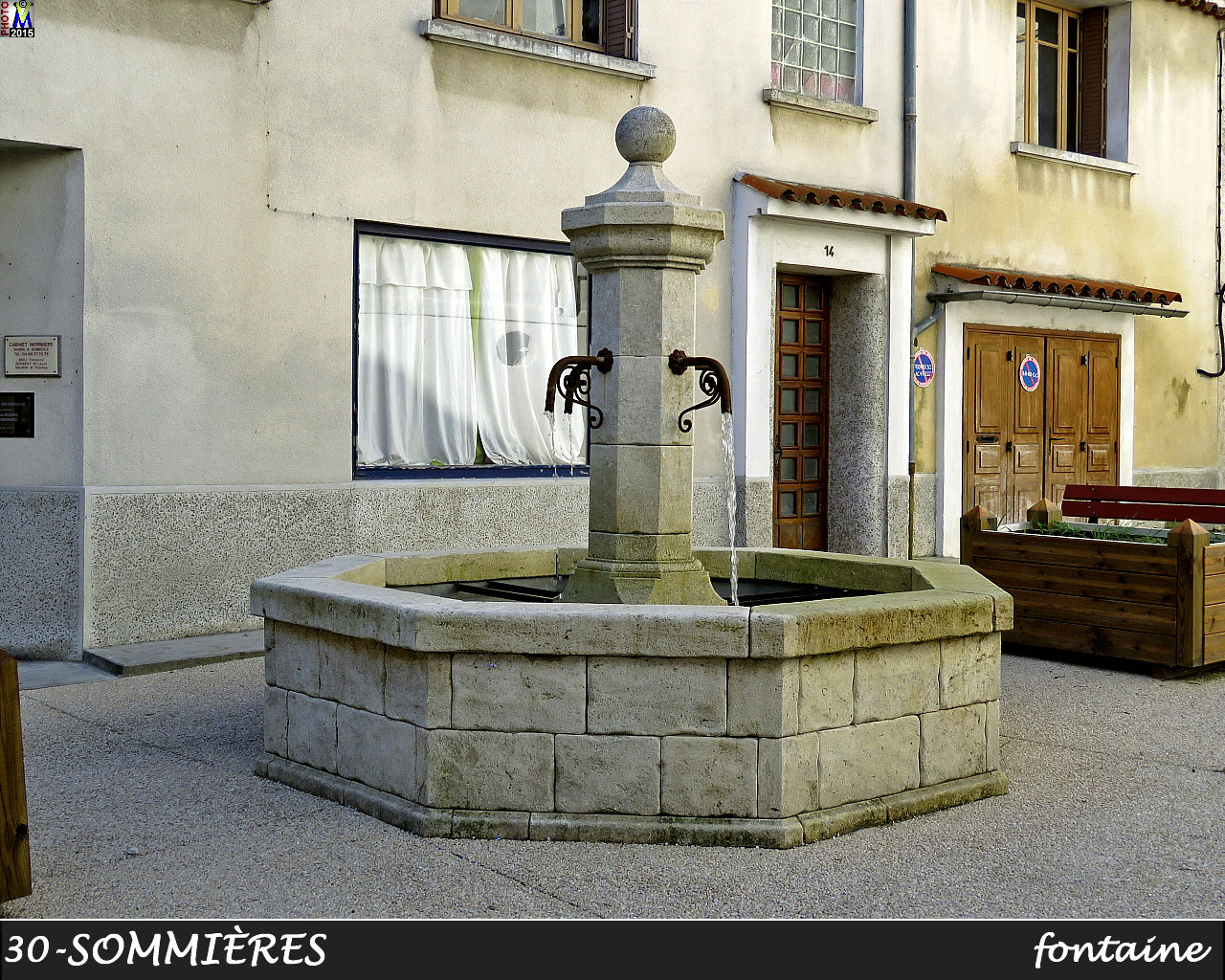 30SOMMIERES_fontaine_100.jpg