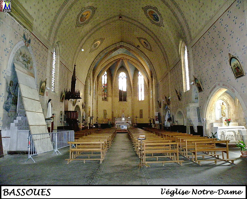 32BASSOUES_eglise_200.jpg