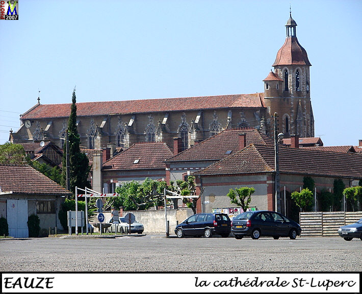 32EAUZE_cathedrale_100.jpg