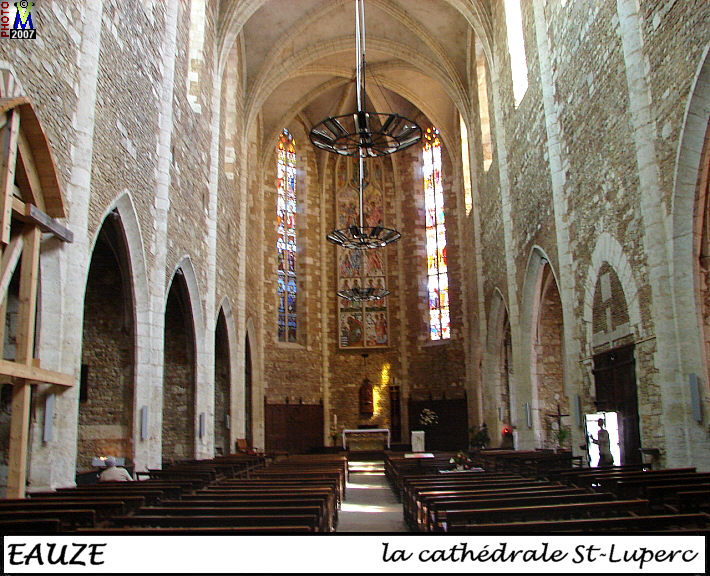 32EAUZE_cathedrale_200.jpg