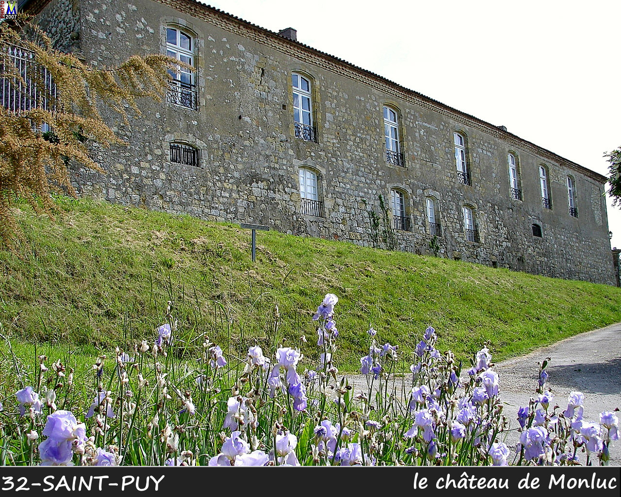 32St-PUY_chateau_100.jpg